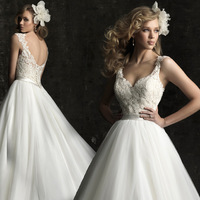 Free shipping! 2013 Fashion Women dress Sweet Lace Lovely High-quality Sexy Train Bride Wedding Dress Send Veil+Gloves