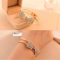 Wholesale Jewelry Fashion Cheap Gold Plated Alloy Chain Chunky Bracelets & Bangles Women Bracelet