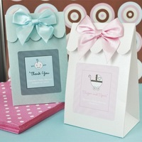 Free Shipping--50pcs Hot Sale White Wedding Candy Box with Scallop Flap,Birthday gift Box (JCO-103A)