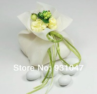 100 IVORY Wedding Party Gift Favor Candy Pouch Organza Bags with Green Bouquet Party Favours Decoration Wedding