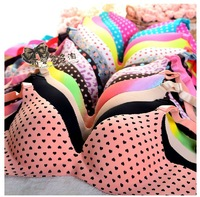 Multi Colors Fashion Seamless Bra Set Hot selling Famous Brand VS One-piece Bra Brief Set Essential Oil water bag Massage Bra