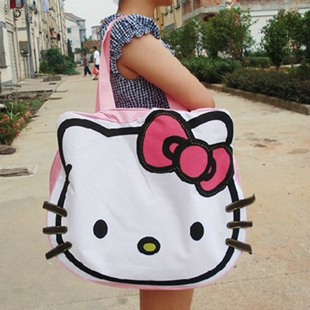 Hello Kitty Women Handbag Lovely Hello Kitty Canvas Messenger Bags Girl's Cartoon Large Travel Bag