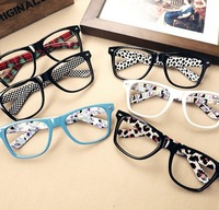 FASHION Cute Mens Women students cartoon Eye Glasses Frame No Lens Many Colors
