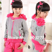 Brand 2013 Velvet girls clothing sets Children's clothes suit Child set Cotton kids clothing 2 pcs shoulder Flower 120-160cm