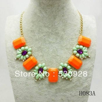 Min. order $10 2013 fasionable square Necklace resin flowers gold plated chain women jewelry whole sale Free shipping