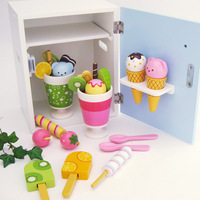 New arrival LOTTE mother garden strawberry ice cream refrigerator wooden ice cream toy kids education toy set most popular gifts