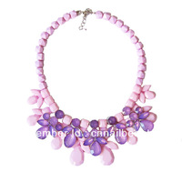 Resin acrylic necklaces Fashion designs plastic statement jewelry vintage acrylic flower chokers necklace Free Shipping