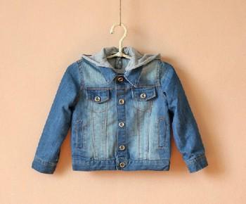 1 шт. бесплатная доставка 2014 мальчики джинсовые дети куртки coatsFashion классические дети толстовки куртки дети хлопок джинсы и пиджаки одежда