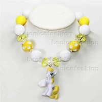 4styles lovely little horse chunky bubblegum statement kids necklace hot selling wholesale