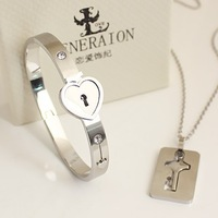 2014 High Quality 3 Colors Fashion Stainless Steel Bracelet Bangle Necklace Set Triumph In The Skies Love Heart Lock for Lovers