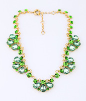 Min.order is $15(mix order)Fashion accessories small fresh Light green crystal short design necklace Free Shipping