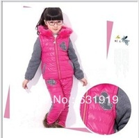 NEW 2013 girl dress outfit of the girls two piece suit Suit Set Girl Winter Sports Child Thickening Clothes Jacket Set