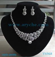 T6968,New 2013 Fashion Bridal Jewelry sets,costume Rinestone and Zinc alloy Jewelry set