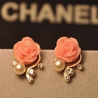 Min.order is $9 Fashion Korean Jewelry,Cute Imitation Diamond Earrings,Flower Pearl Earrings FreeShipping/Wholesale 14-2-10