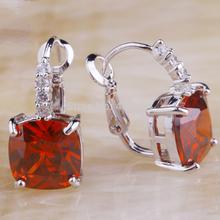 Wholesale Noble European Jewelry Elegant Garnet 925 Dangle Hook Silver Earring Facile Design For Women Gift