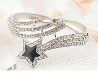Five-pointed Star Lucky Hand Ring Female Fashion Jewelry Accessories Bracelet & Bangles
