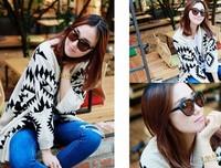 Free shipping  Korean version of the hot geometric pattern shawl sweater coat loose big yards ladies cardigan  The shawl sweater