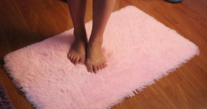 Fuzzy Carpets - Carpet Vidalondon