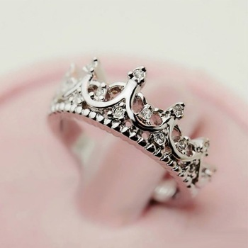 2014 Fashion Vintage Cutout Crown Design Cubic Zirconia Women's Crown ring,High quality!