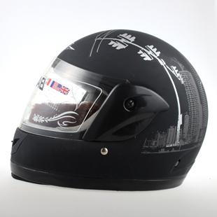 Ms. BLD Full Face Helmet Motorcycle helmet electric car in winter fog lenses helmet female models wearing scarf