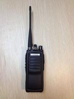 giving earphone long talk range 15-20km handheld radio walkie talkie baojie BJ-E33