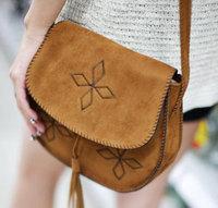 Promotion 2014 new vintage women messenger bags shoulder bags retro bolsas Tassels Embroider handbags free shipping HD305