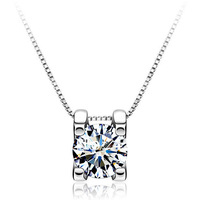Min.order is $9 (mix order) Simple Fashion 925 Silver 4 Claws Mosaic Luxury Half Carat Zircon Pendant  N0201