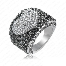Surper Deals Platinum Plating and Pave Austrian Crystals Loved Engagement Heart Rings/Wedding Rings Fashion Jewelry RIN092
