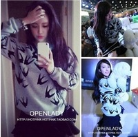 2014 autumn women's autumn and winter Women swallow three-dimensional print loose long-sleeve pullover sweatshirt WWT74A03