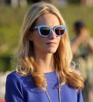 Elegant Sunglasses Women Brand Designer Original Sunglasses Poppy Delevingne Same Style Glassy