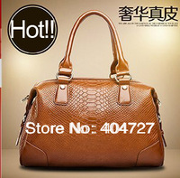 Super Hot European US Stylish Genuine Leather Crocodile Grain Lady's Shoulder Bag  Vintage Messenger Bag  Free Shipping