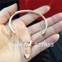 MOQ 15pcs new Rose gold plated Titanium steel crystal heart pendant crab love bracelet bangle