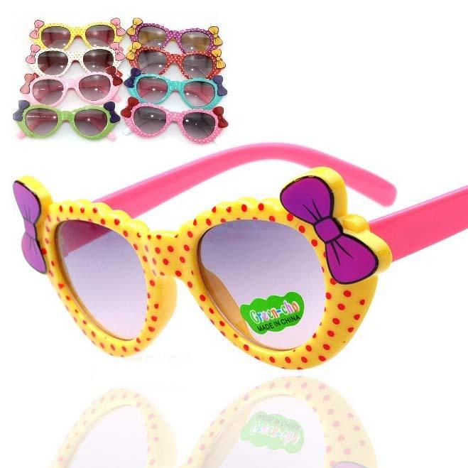 2015 Real New Children Kids Sunglasses Bow Heart Dot Glasses Belt Fashion Colorful Cartoon Uv400 Anti-uv Shading make up glass(China (Mainland))