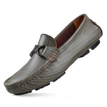 2014 Handmade Genuine leather men Flat Casual driving shoes,Soft and Comfortable loafers,Business men's shoes,size 35~49(China (Mainland))