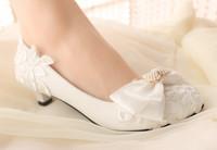 2014 new fashion Handmade lace flower decoration wedding shoes rhinestone pearl bow bridal shoes bridesmaid shoes low heel (3cm)