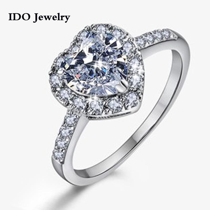 ... clear crystal autriche carats. simulée de bagues de diamant pour les