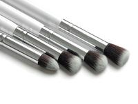 Professional Synthetic Hair 4PCS White Makeup Brush Set Kit Makeup Brushes & tools Brand Make Up Brush Set Case Free Shipping