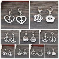 Wholesale Fashion 20PCS Tibetan Silver Tone Peace Sign Charms Pendant Jewelry Finding Free shipping