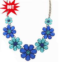 Vibrant Floral Bib Necklace Blue / Pink / Black Flowers Short Necklace New Trendy Statement Necklace Jewelry Wholesale cxt8069
