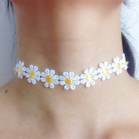 Free shipping necklace Delicate White & Yellow &blue color Daisy Chain Choker Necklace Summer Festival 90s 80s tattoo choker