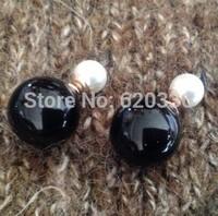 balck+white beautiful earrings