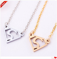 new desgin cheap Stainless Steel super man pendant necklace women fashion jewelry high quality