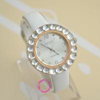 wholesale low price good quality new fashion women shining colorful crystal case dress casual Quartz wristwatch watch hour