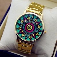 Simple Geneva Sport Watch Retro Gold Color Stainless Steel Pattern Dial Unisex Quartz Watch Men Women Fashion Casual Wristwatch