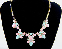Free shipping New Arrival Fashion Charm Multicolour Resin Bib Choker Statement Necklace Chain