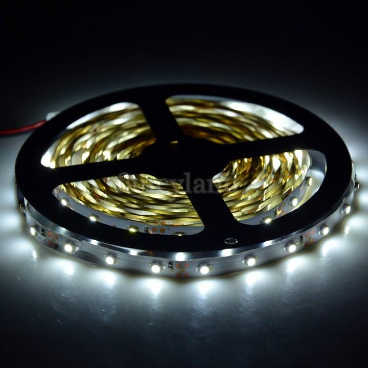 2014 New 5m 300 LED 3528 SMD 12V flexible Stripe light 60 led/m,LED strip, Cool White/Warm White 34(China (Mainland))