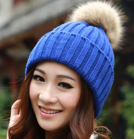 цена на Женская шапка East of charm  63118MD