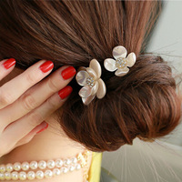 2pcs/lot Free Shipping Fashion Shell Crystal Pearl Hair Scrunchies, Girls Ponytail Hair Band. Woman hair accessories