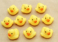 Wholesale UPS EMS DHL Free shipping 1500pcs/lot 5*5*4cm mini Hong Kong Rubber duck PVC bath toy Duck with sound floating