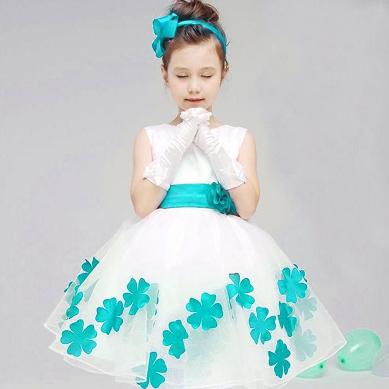 Как украсить платье на новый год детское своими руками